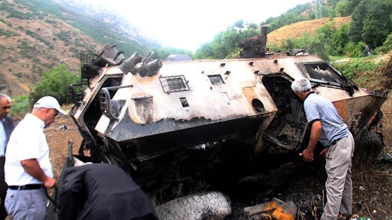 Sönderbombat militärfordon Turkiet. Foto: AFP.