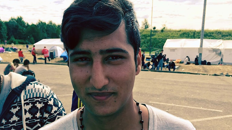 Den afghanske flyktingen Daniel Hashmi. Foto. Jens Möller/Sveriges Radio.