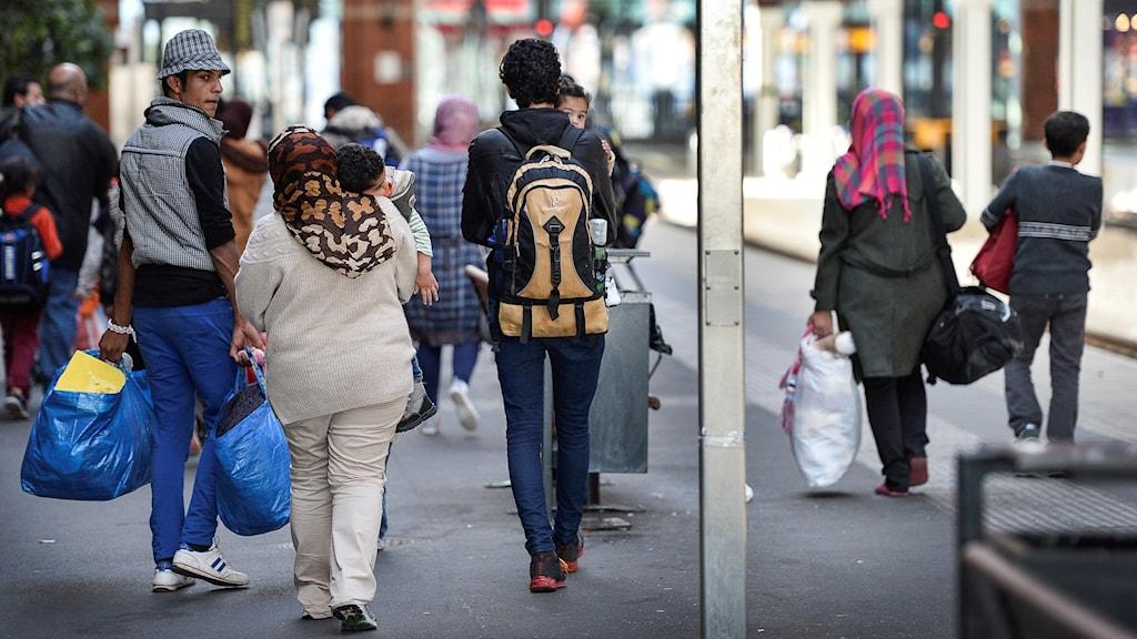 Nyanlända flyktingar på Malmö Central. Foto: Anders Wiklund/TT.