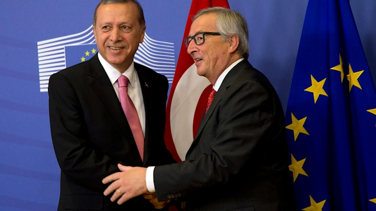 EU-kommissionens Juncker tog emot Recep Tayyip Erdoğan i Bryssel i dag. Foto: Virginia Mayo/TT