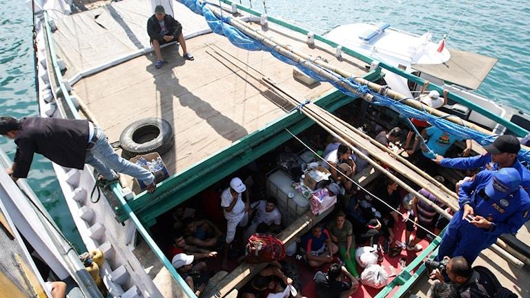 Båt med asylsökande. Foto: Firdia Lisnawati/TT.