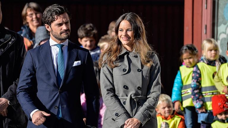 Prins Carl Philip och prinsessan Sofia. Foto: Anders Wiklund/TT .