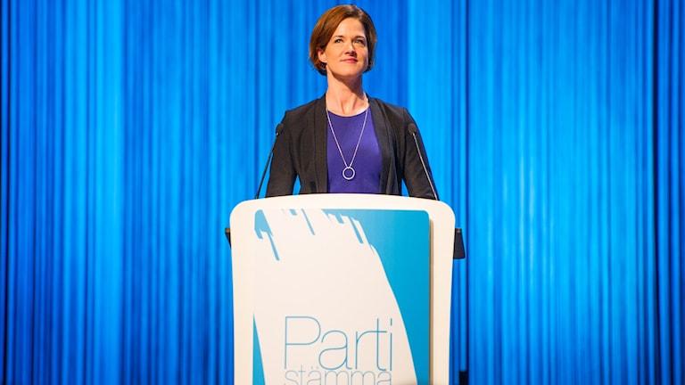 M puheenjohtaja Anna Kinberg Batra puoluekokouksessa Foto: Fredrik Karlsson/TT.