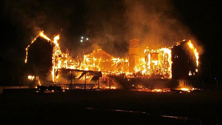 Kånna skola i brand. Foto: Ljungby räddningstjänst