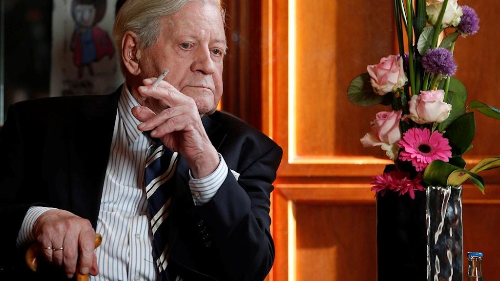 Helmut Schmidt. Foto: Michael Sohn/AP