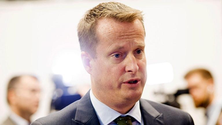 Inrikesminister Anders Ygeman på presskonferens angående gränskontroller
