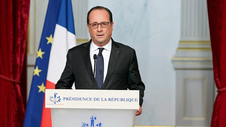 Francois Hollande i talarstol. Foto: Christelle Alix/Franska presidentpalatset/TT.
