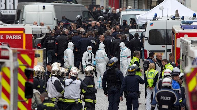 Paris, Saint Denis, efter insatsen mot de misstänkta terroristerna. Foto: Peter Dejong/TT