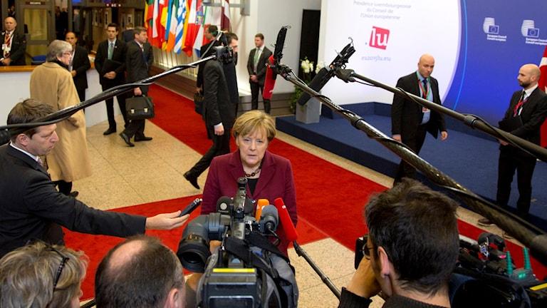 Angela Merkel inför söndagens EU-toppmöte. Foto: Virginia Mayo/AP