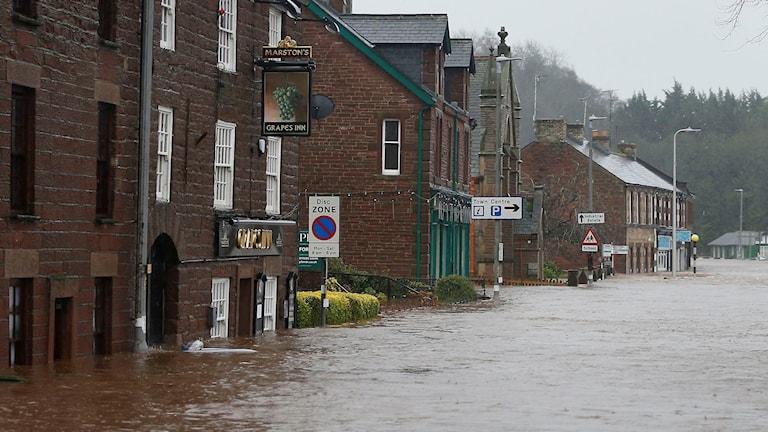 Appleby i nordvästra England är en av många orter som drabbats av väderkaoset. Foto: Owen Humphreys/TT