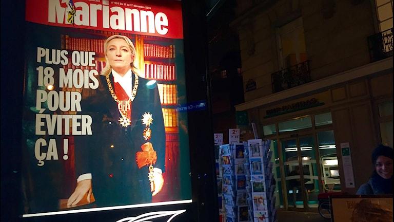 Tidningsframsida med Marine Le Pen
