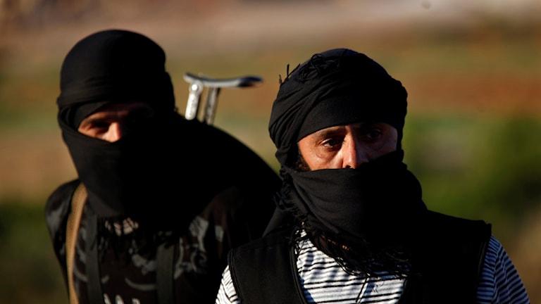 Två jihadister i Syrien Foto: Khalil Hamra´/ AP