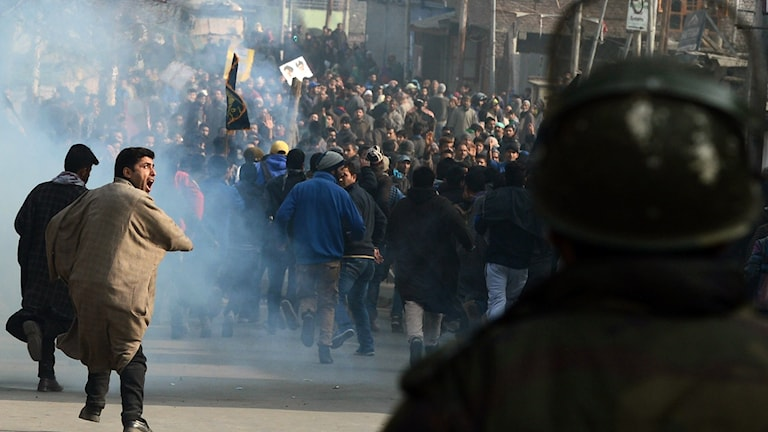 Protester i Srinagar i indiska Jammu-Kashmir. Foto: Tauseef Mustafa/TT