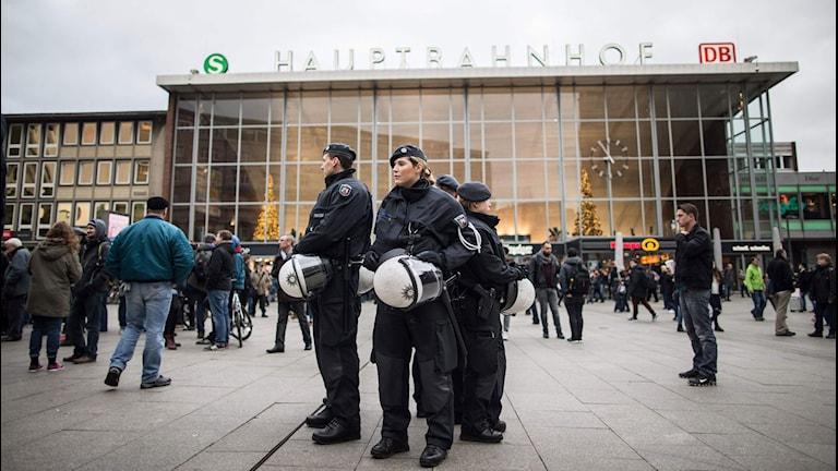 Poliser i Köln.