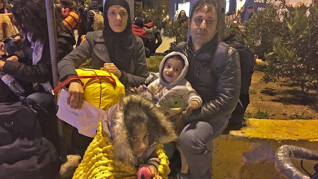Abdul Haqim och hans familj är på flykt från Afghanistan där de hotas av talibaner. Foto: Johanna Melén/Sveriges Radio.