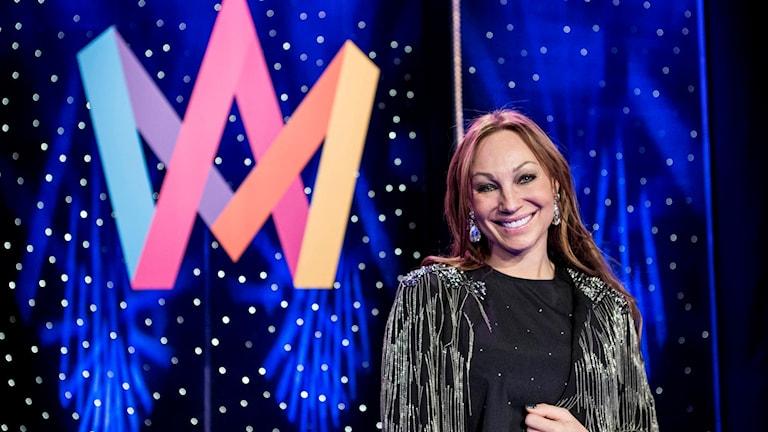 Charlotte Perrelli plockas bort som programledare i Melodifestivalen 2016.
