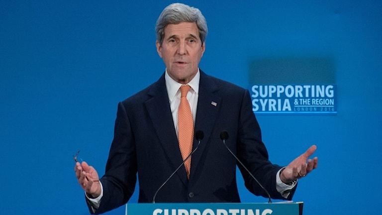 USA:s utrikesminister John Kerry på stödkonferensen för Syrien.
