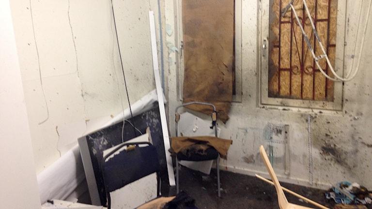 Turkiska kulturföreningen i Fittja utsattes på onsdagskvällen för en attack. Stora delar av lokalen förstördes. Ordförande Ismail Zengin är bekymrad över utvecklingen.