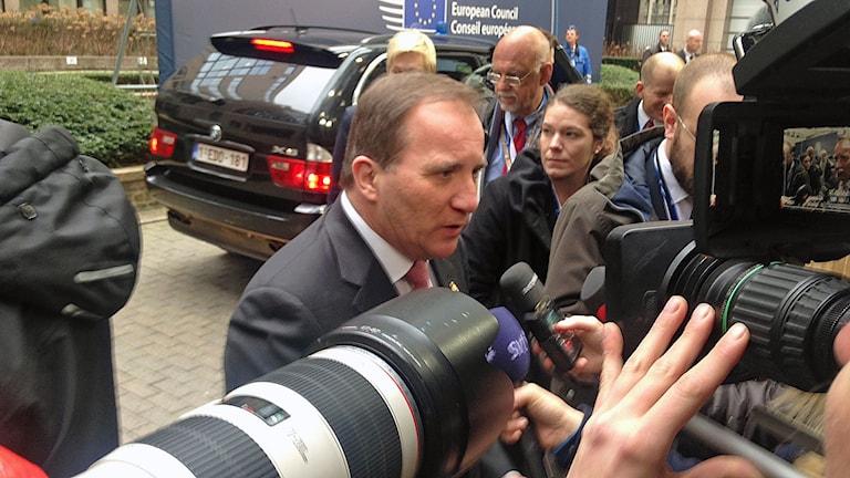 Statsminister Stefan Löfven på plats vid toppmötet i Bryssel.