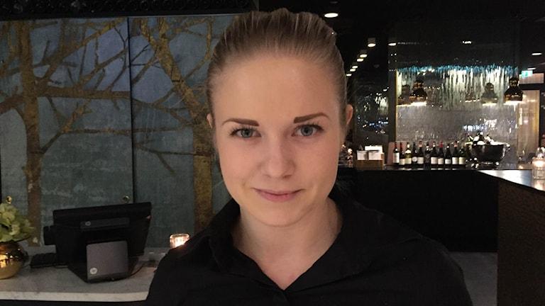 23-åriga Ida Nicander tjänar bra som servitör i Oslo, men planerar inte att bli kvar i Norge hela livet.