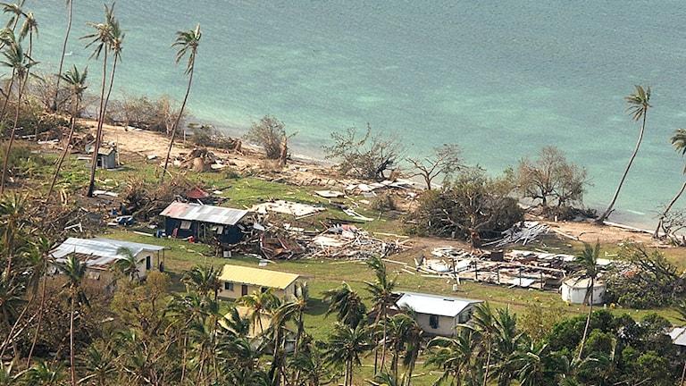 Unicef varnar nu för en hälsokris efter orkanen på Fiji.