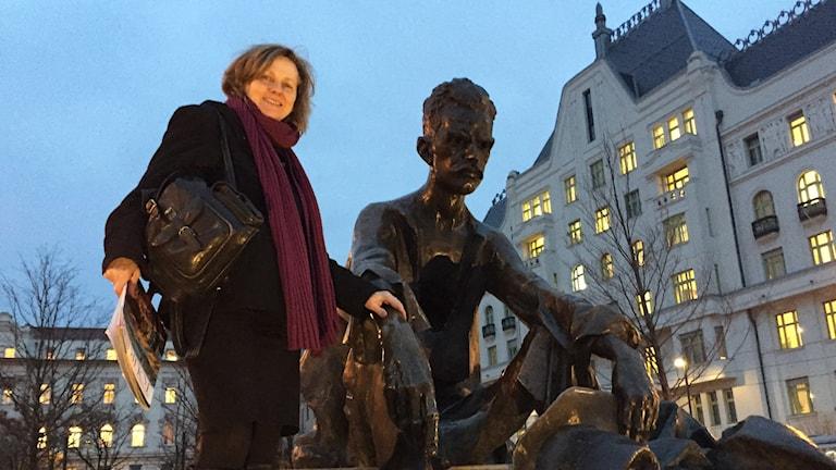 Läraren Julia Lazar i Budapest sade upp sig i protest mot det nya utbildningssystemet i Ungern.
