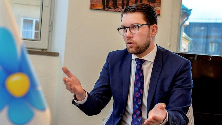 Sverigedemokraternas partiledare Jimmie Åkesson på sitt kontor i Ledamotshuset på riksdagen. Foto Jonas Ekströmer/TT.