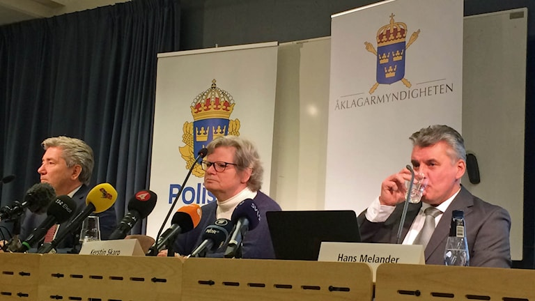 Fr v: Dag Andersson spaningsledare, Kerstin Skarp förundersökningsledare, Hans Melander chef Palmegruppen