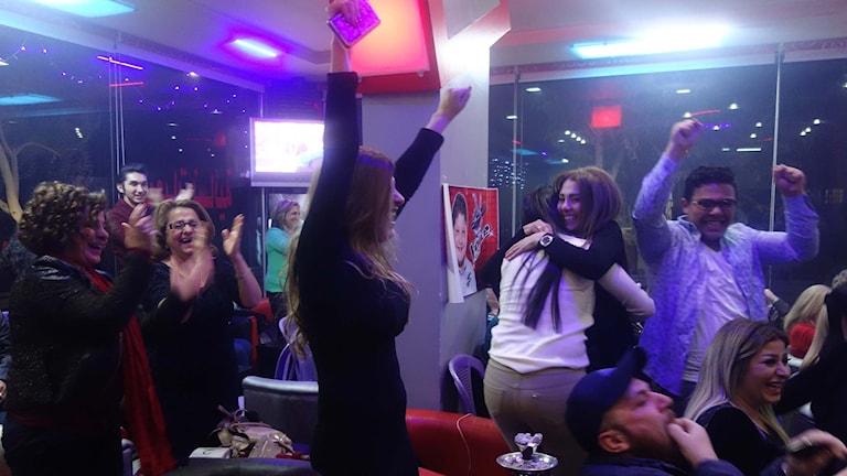 Glädje i Damaskus när syriske Zein gått vidare till slutet av tävlingen the Voice Kids.