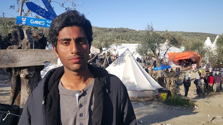 Sham har varit på ön Lesbos i en vecka. Foto: Hewa Abdelzadeh
