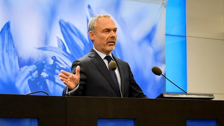Jan Björklund partiledare (L).