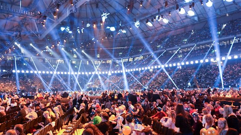 Publiken på plats vid lördagens final i Melodifestivalen 2016 på Friends Arena i Solna. Foto: Fredrik Sandberg / TT