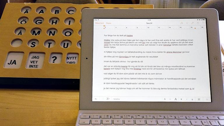 laptop med Micaels skrift