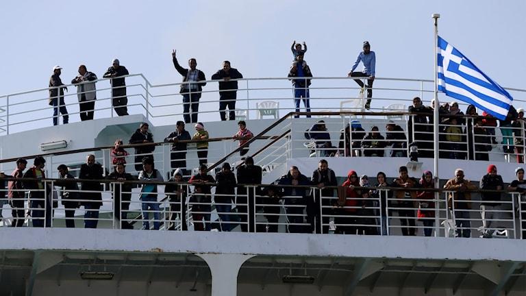Flyktingar på båt