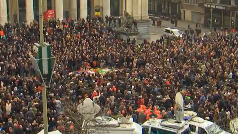 Keskiviikkona vietettiin hiljaista hetkeä Brysselin kaduilla.