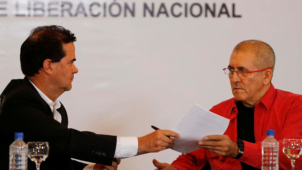 Chefsförhandlarna för Colombias regering och ELN-gerillan.
