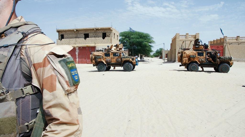 Svensk soldat i ökenstaden Timbuktu Foto: Fernando Arias/SR