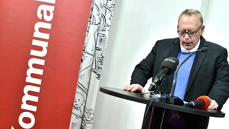 Kommunals tredje vice ordförande och kassör Anders Bergström under en presskonferens
