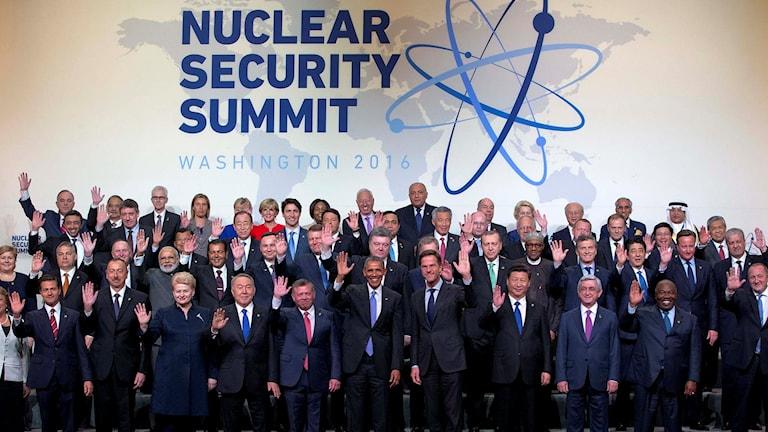 Gruppbild från kärnsäkerhetsmötet i Washington.