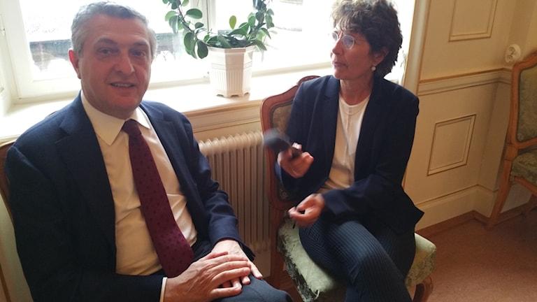 UNHCR:c chef Filippo Grandi intervjuas av Alice Petrén.
