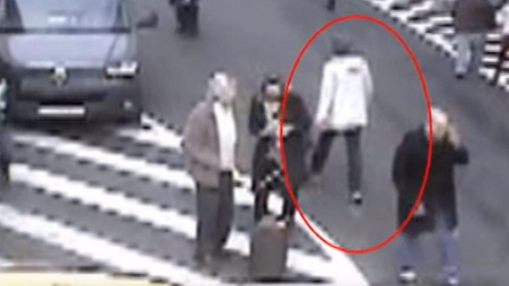 Den misstänkte flygplatsbombaren på Bryssels gator