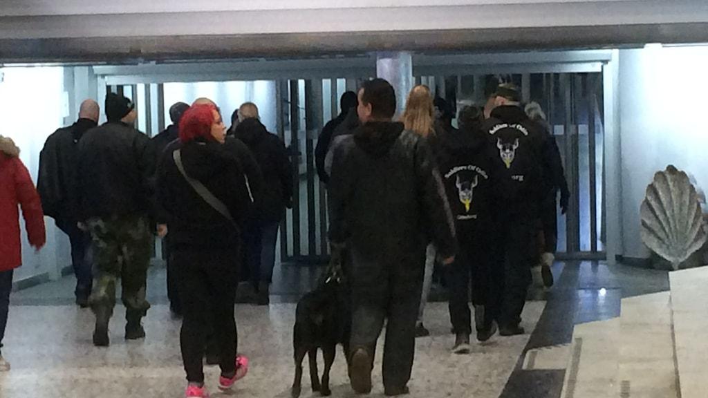 Odins soldater nattvandrar i Göteborg.