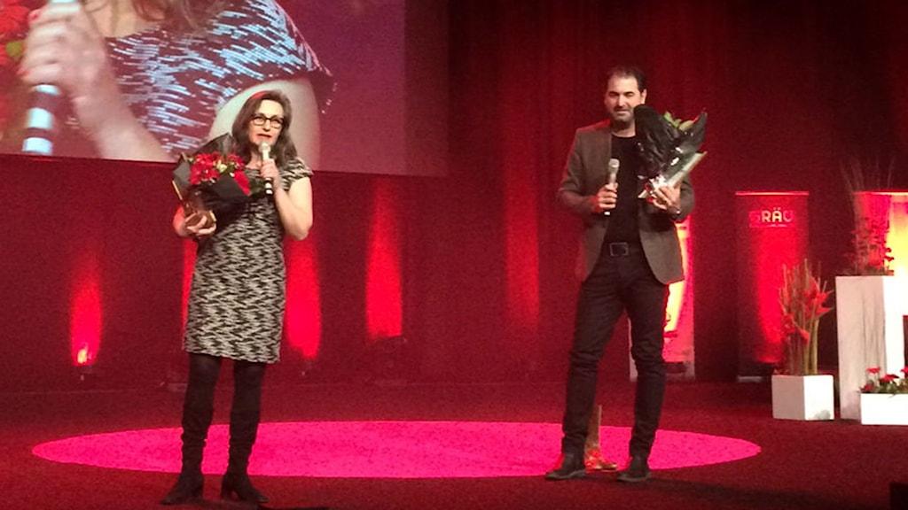Katia Wagner och Milan Djelevic på scen.