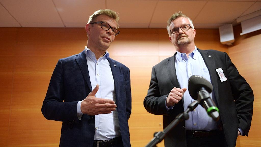 Ola Månsson, vd på Sveriges Byggindustrier, och Mats Åkerlind, vice vd och förhandlingschef på Sveriges Byggindustrier