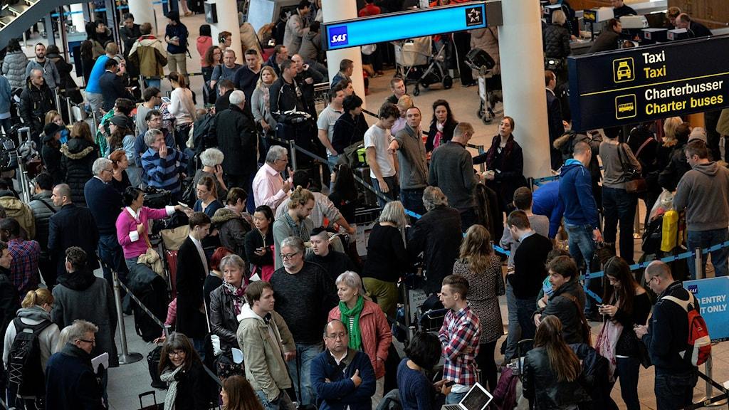 Flygpassagerare på Kastrups flygplats i Köpenhamn.