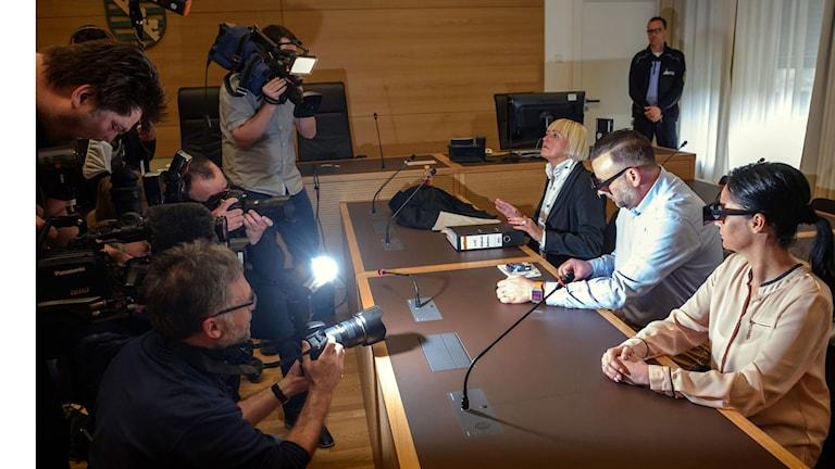 I Dresden börjar idag rättegången mot ledaren för den främlingsfientliga och anti-islamska organisationen Pegida. Lutz Bachman anklagas för hets mot folkgrupp efter att ha betecknat asylsökande som lort och kräk.