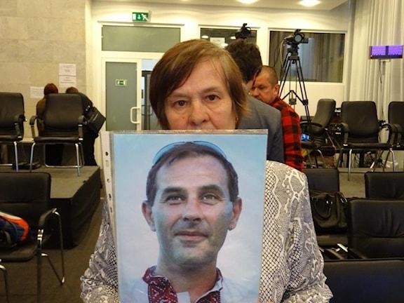 Sergei Sjapoval blev 44 år, han är en av 130 demonstranter, som dödades under Majdanprotesten. Hans mamma Jekaterina kämpar för rättvisa för sin son. Foto: Maria Persson Löfgren