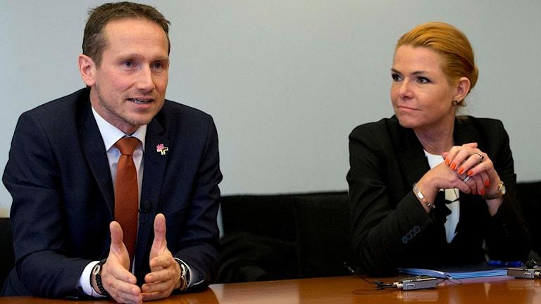 Danmarks utrikesminister Kristian Jensen och Danmarks migrationsminister Inger Stöjberg.