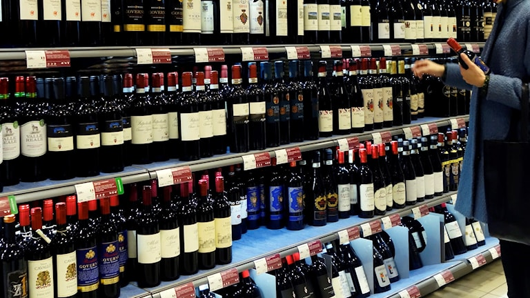 Vinflaskor på Systembolaget