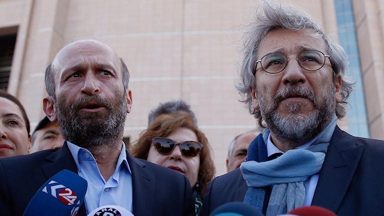 turkiska journalister Can Dündar och Erdem Gül